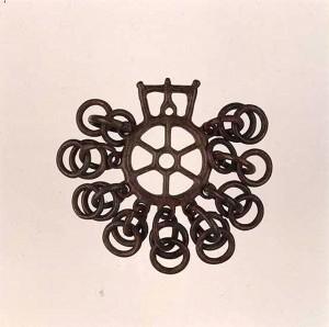 Pendaglio a ruota raggiata di epoca etrusca, Correggio (RE)