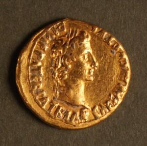 Aureo dell'imperatore Augusto, I secolo d.C., Sant'Ilario d'Enza (RE)