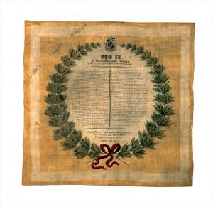 Fazzoletto tricolore con il testo del decreto di amnistia concessa da Pio IX – 1846